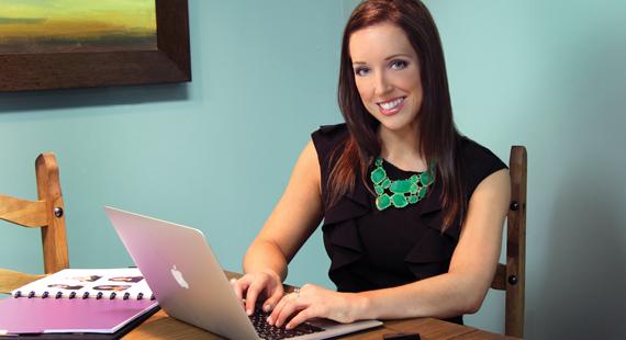 Lindsey Roznovsky: A Multifacedted Talent