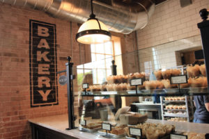 travel-magnolia-bakery