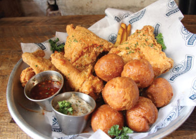 SOUTHERLEIGH'S FRIED CHICKEN AND BISCUITS