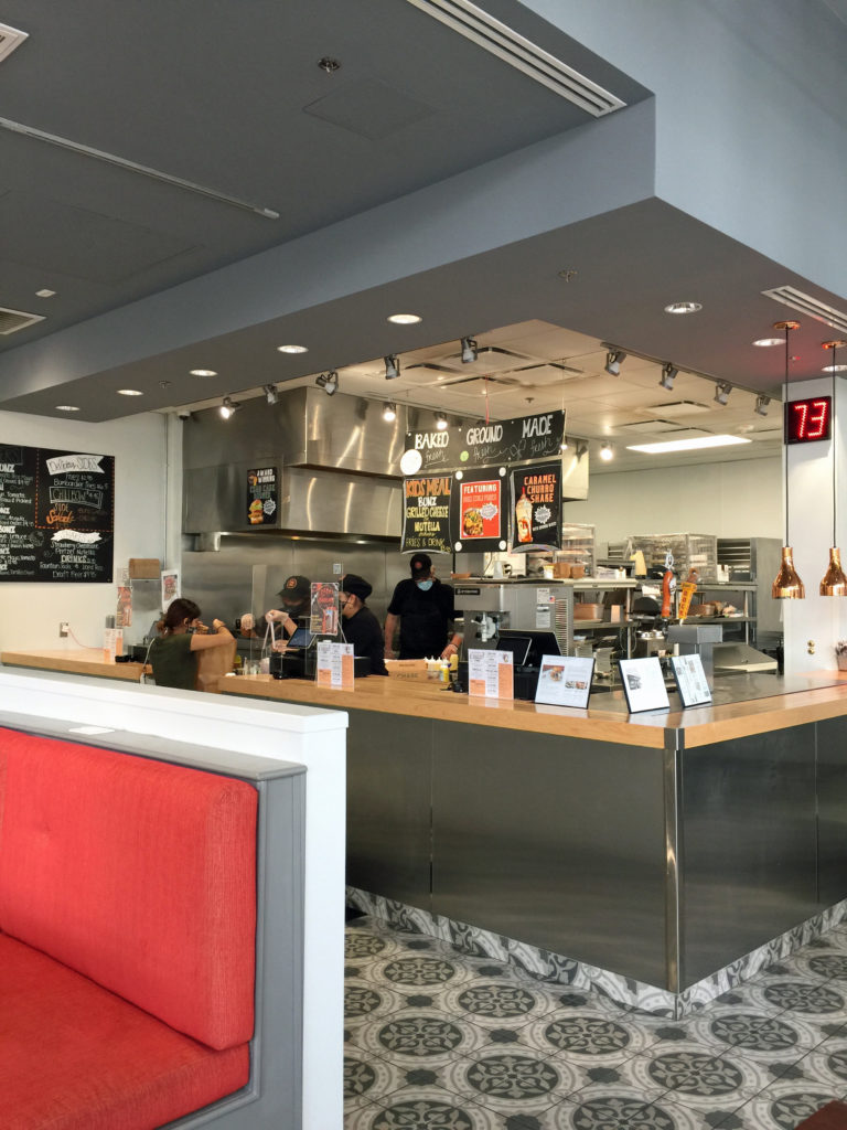 11 Counter Interior 1