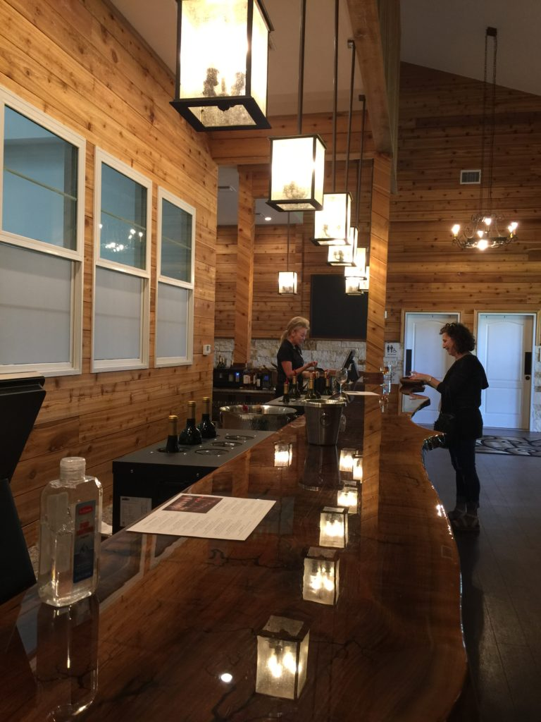 Carter Creek Tasting Room 3