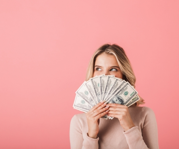 BUSINESS WOMAN INSIGHTS: Reducing Your Expenses